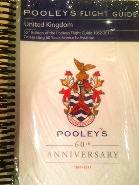 Pooleys UK 2018 Flight Guide (Spiral Bound)